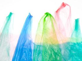 Sequestrati in Veneto 18mila shopper in plastica